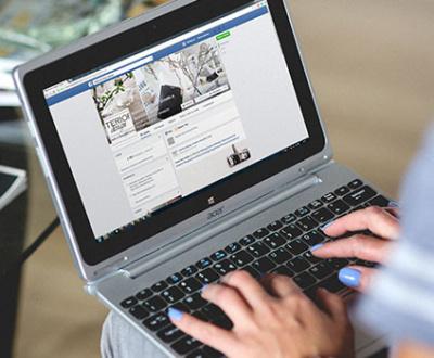Facebook posztok készítése marketing céggel